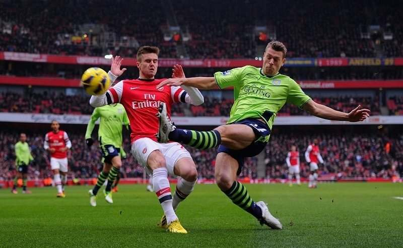 Hat-trick Giroud Antar Arsenal Finis Sebagai Runner Up webet188